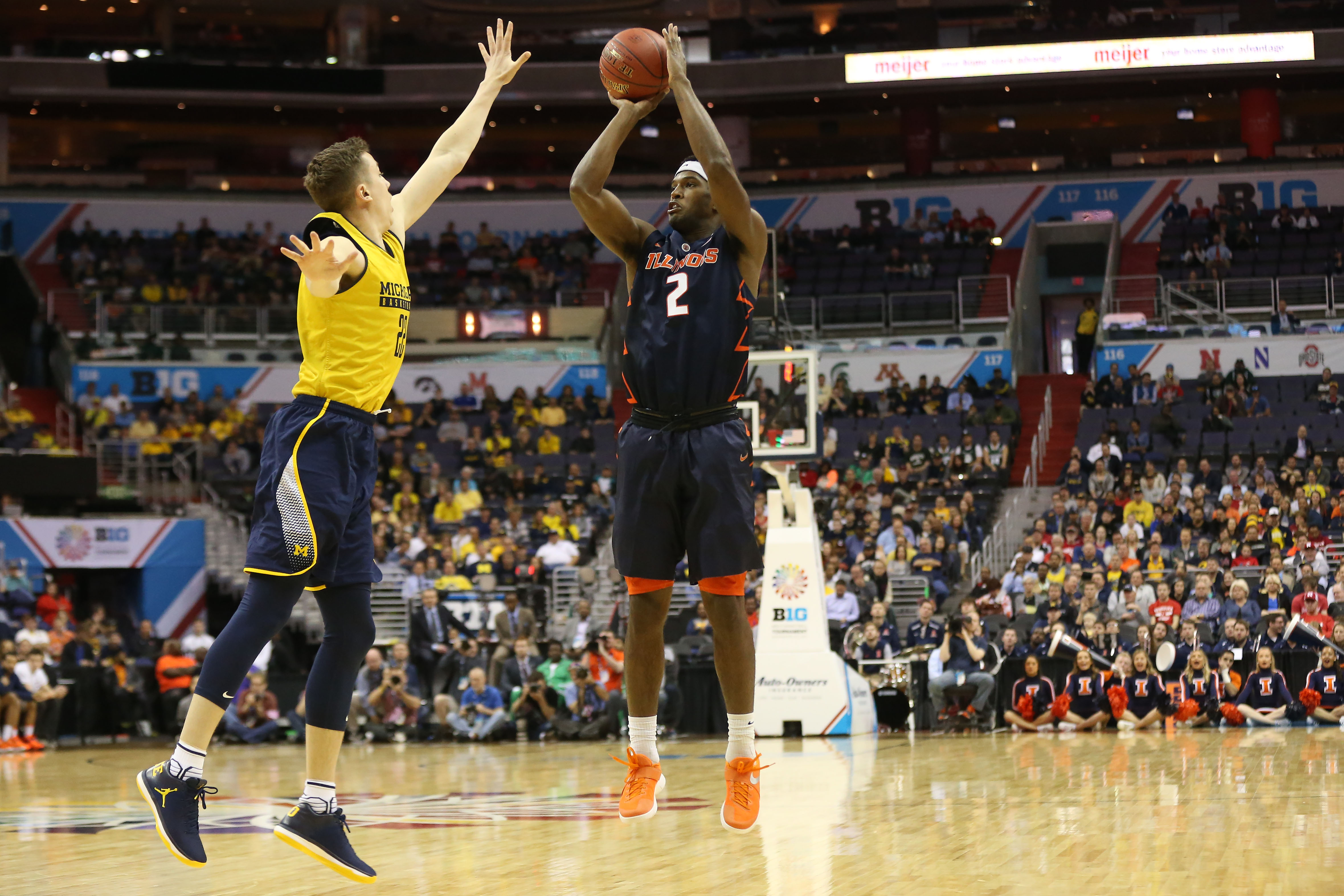 1f14e4534 Illinois Basketball  3 changes by Brad Underwood for 2017-18 - Page 4
